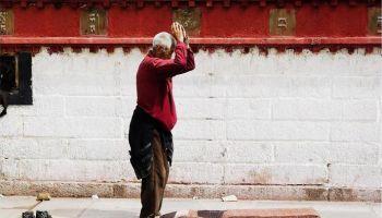 Buddyjscy Nauczyciele: Pokłony