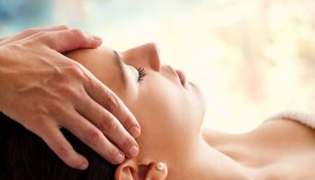 Masaż Tantryczny. Profesjonalny kurs masażu Johna Hawkena