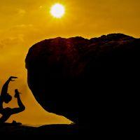 Joga a Życie: Przeżywanie sprzeczności